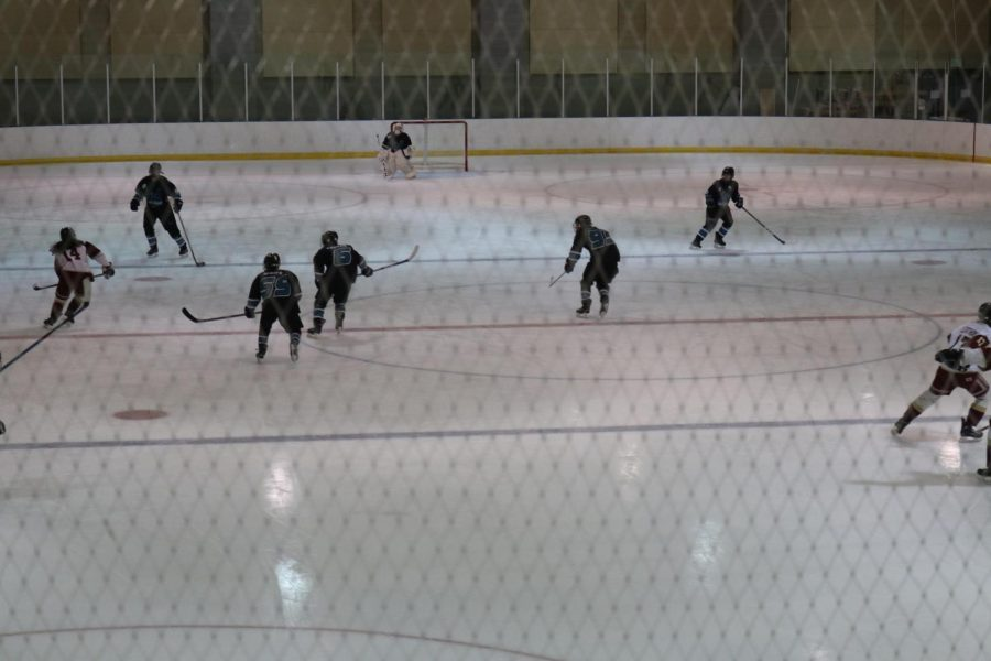 Player Gives Insight Into Farmington High Hockey Club