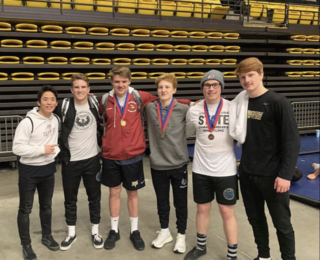 Wrestling+Team+Qualifies+For+State