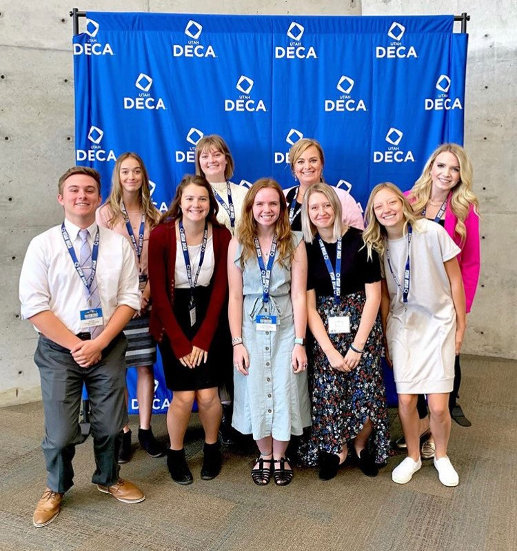 DECA Teaches Students Skills In Business